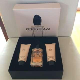 Giorgio Armani Si 100ml Perfume Gift Set