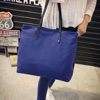Big Canvass Shoulder Bag