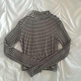 Stripe Crop Long Sleep Top