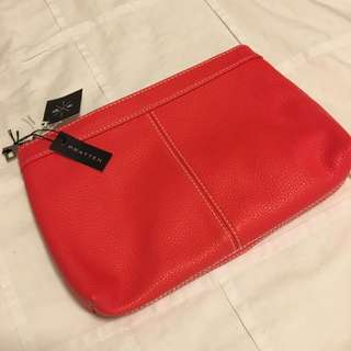 Pratten Red Clutch