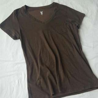 Plain Tshirt With Pocket