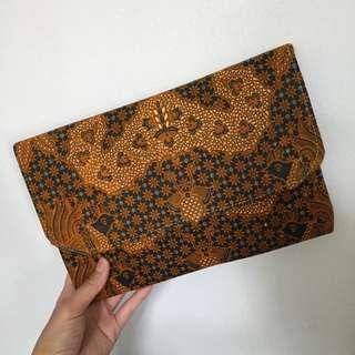 Cluct Batik