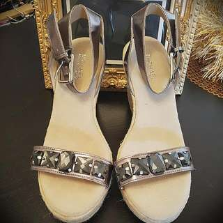 NEW MICHAEL KORS LEATHER JEWELED WEDGES