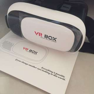 *BRAND NEW* VR BOX/GEAR