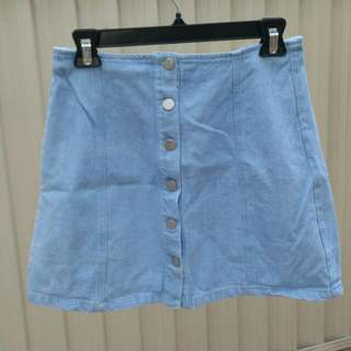 PARE BASIC baby blue/light blue denim button skirt - size 10, small - medium