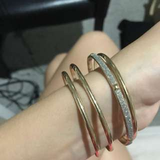 4 Gold Bangles Sparkly Silver