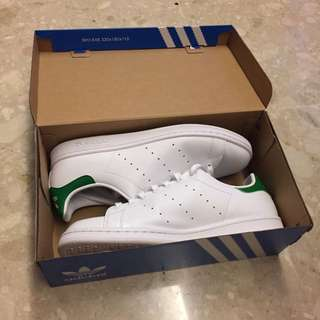 LNIB Adidas Stan Smith (green)