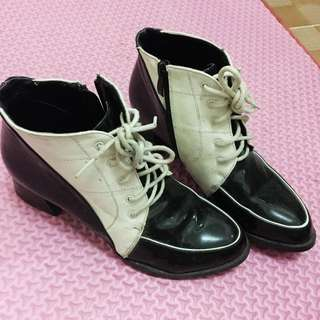 Ankle Boots Black And White