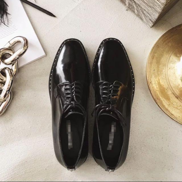 韓妞必備的皮鞋40號(現貨)