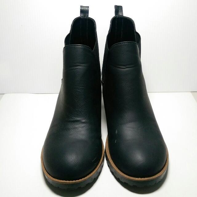 保留【含運】霧面黑短靴