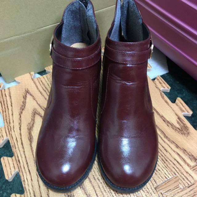 [含運費]酒紅色短靴