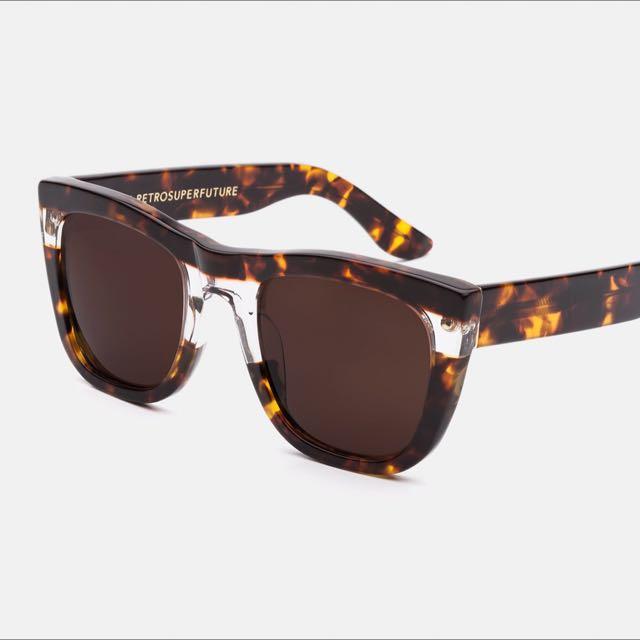 知名 義大利 太陽眼鏡品牌 RETROSUPERFUTURE  Super 墨鏡 中性 賣場 唯一
