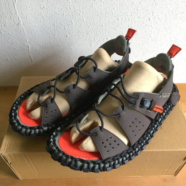 BNIB Nike ACG sandal (rare) 4a7cb4f9e