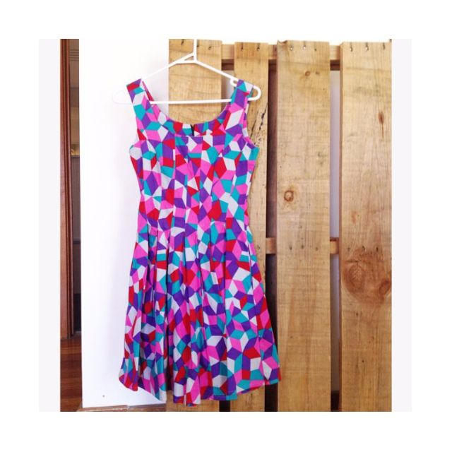 Colourful Nooworks dress BRIGHT Size SMALL