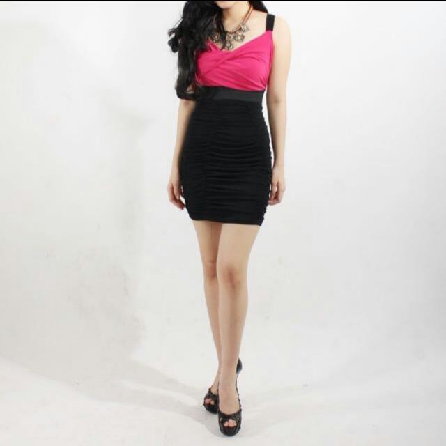 Sissley Dress Pink FIT Body Preloved