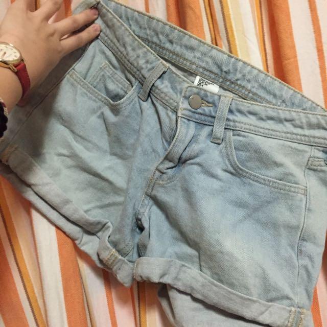 H&M 短褲