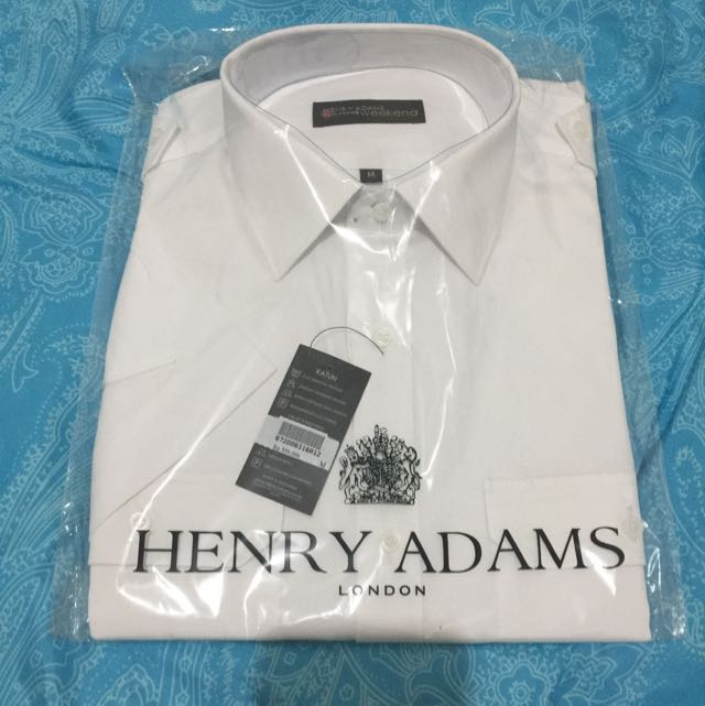 Kemeja Henry Adams