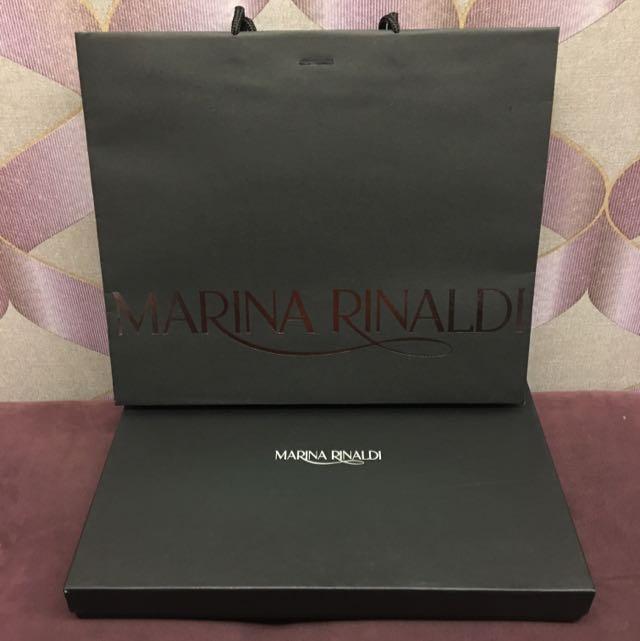 MARINA RINALDI衣服紙盒(附提袋)