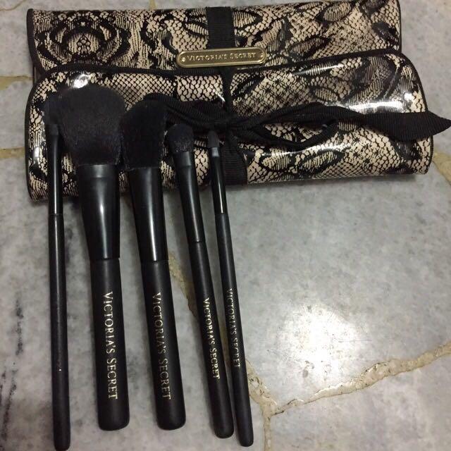 Original Victoria Secret Pocket Brush