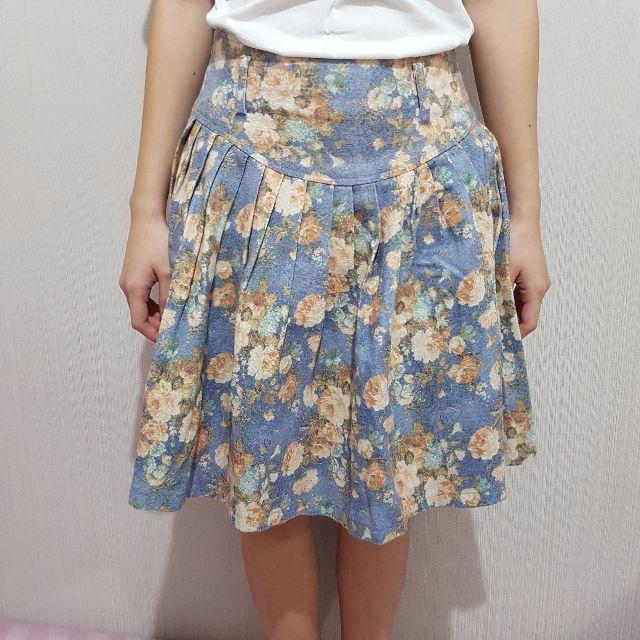 rok vintage motif bunga