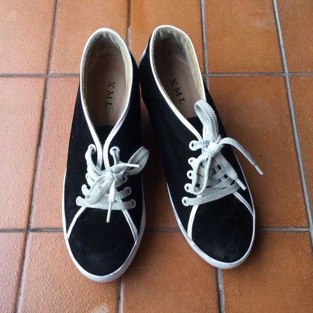 sneakers heels