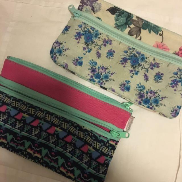 Sportsgirl Beauty Bags