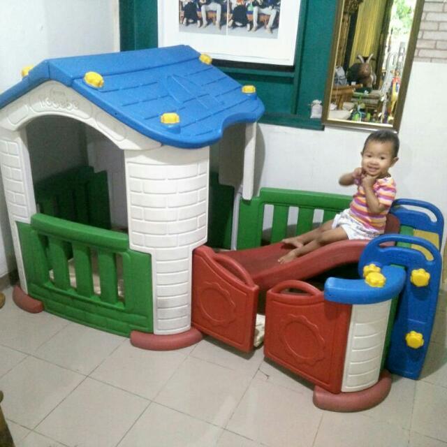 Tobebe Playhouse