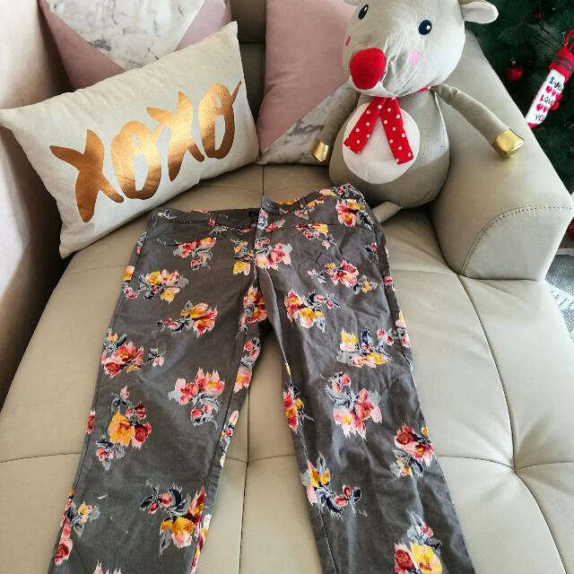 Traffaluc Zara Pants Size 10 USA