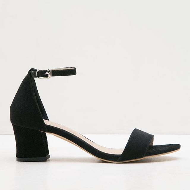 Zolly Black. shoelabel shoes