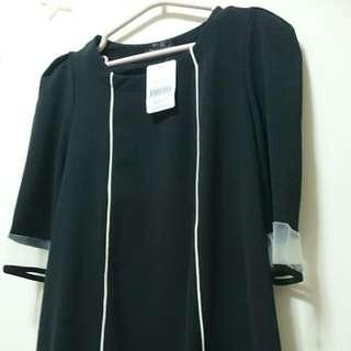 🚚 👗黑色袖口下襬拼接長版上衣😍
