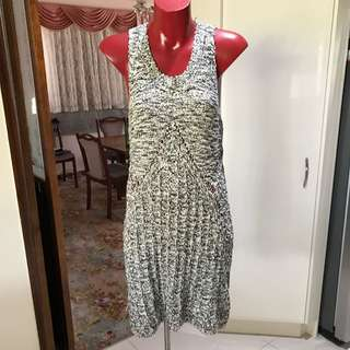 Size 8- Indika Stretchy Woven Dress