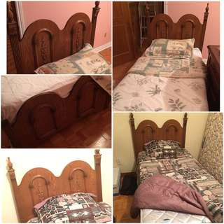 2 Twin Beds With Mattresses
