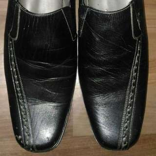 Sepatu Pantofel / Sepatu Kulit / Sepatu Formal Untuk Pria Nomor 43