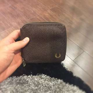 Dompet Fred Perry