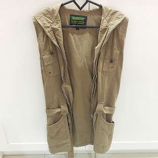 Sleeveless Hoodie Outer