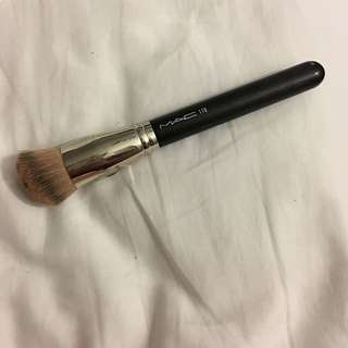 MAC 170 Brush