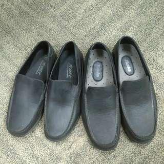 sepatu karet formal merk Att dan Bata (harga untuk 2 barang)