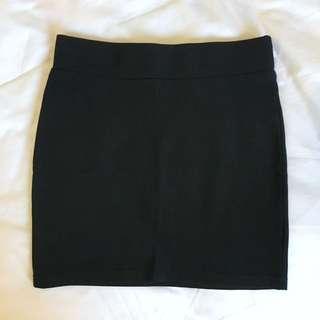 TEMT Black Skirt