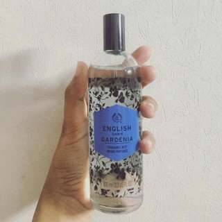 The Body Shop Fragrance Mist in English Dawn Gardenia