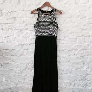 Dotti Monochrome Maxi Dress