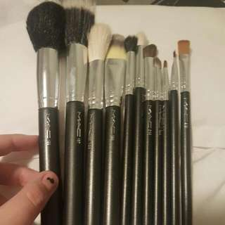 SOLD Mac Basics Brush Set