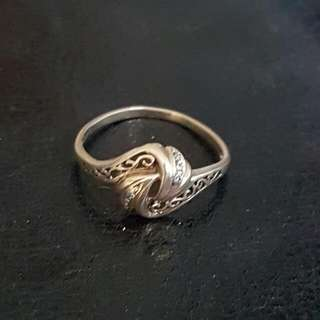 9ct gold Womens ring