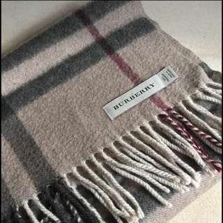 Burberry Scarf / Brown