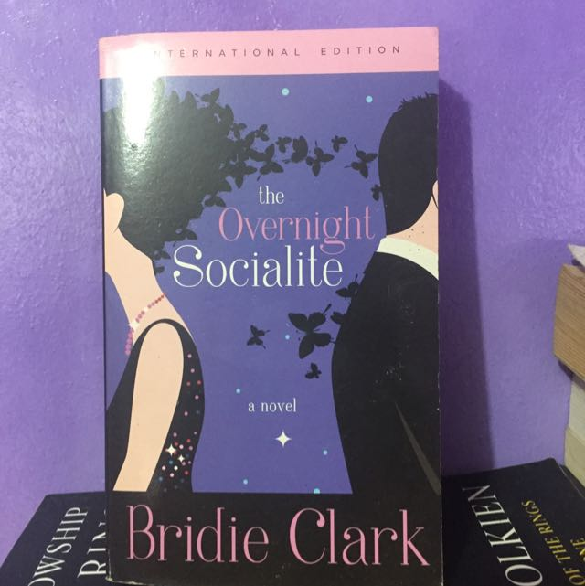Book - The Overnight Socialite