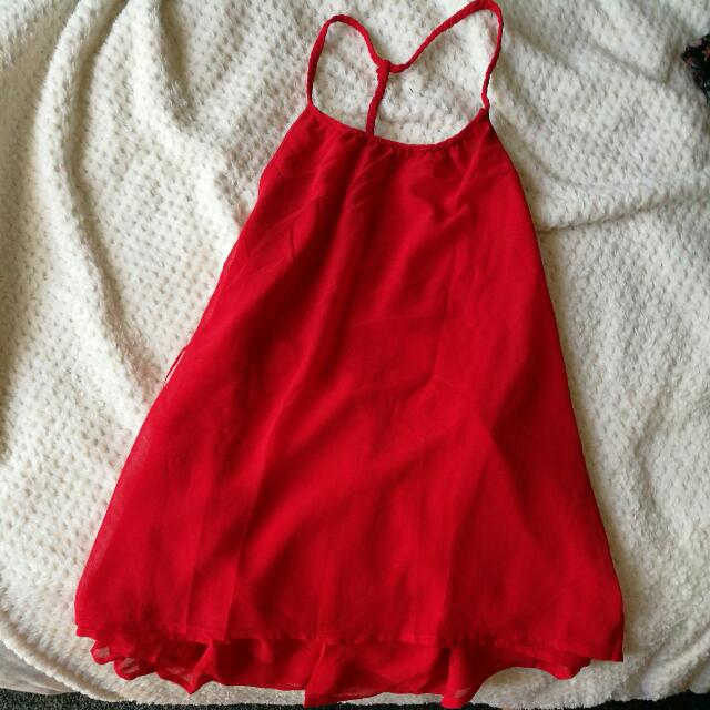 Brand New Backless Summer Top Size 10 Red