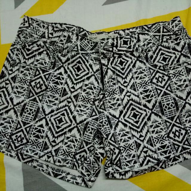 Cotton On Aztec Shorts