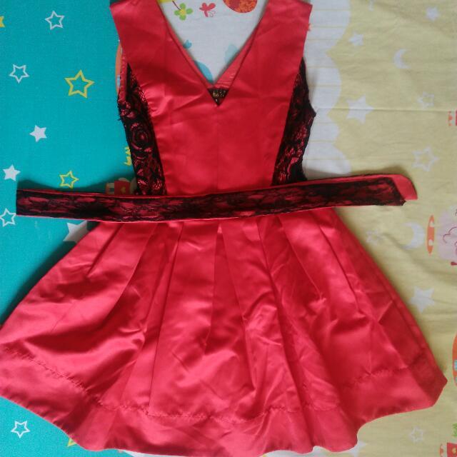 Dress Satin Merah