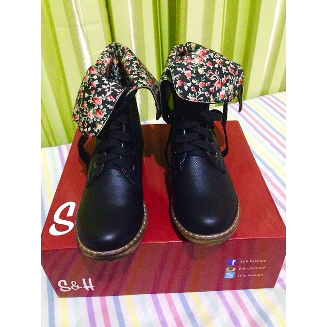 Floral Ankle Boots (BRAND NEW)
