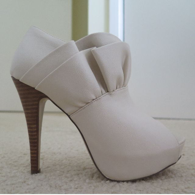 Forever New Ruffled High Heeled Boots