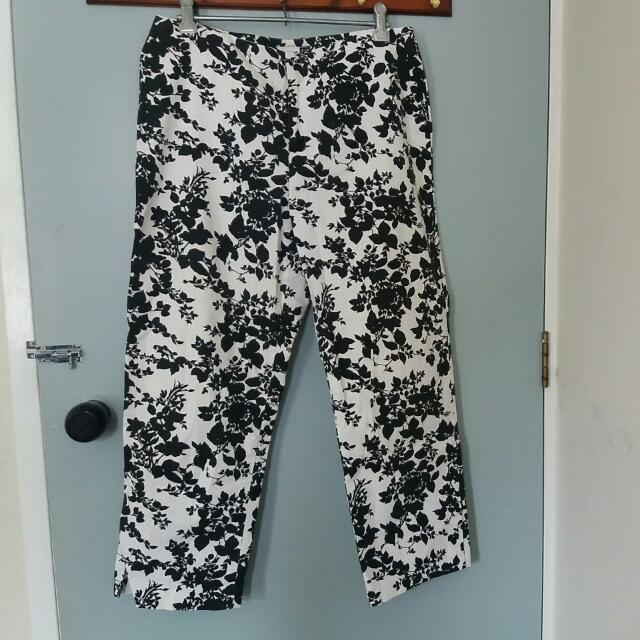 GAP B&W Floral Stretchy Pants